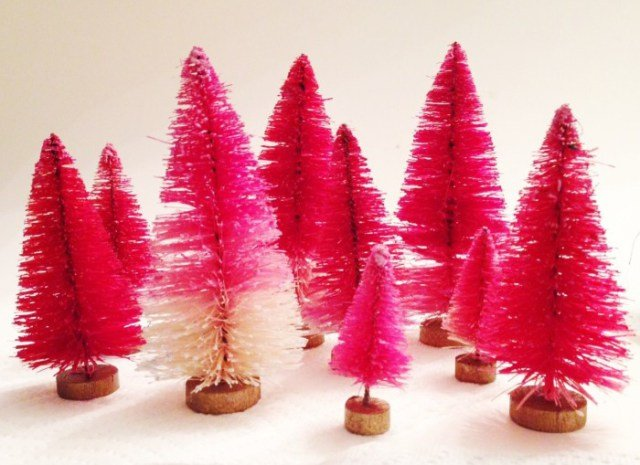 diy-dip-dyed-bottle-brush-trees.ohlovelyday.7