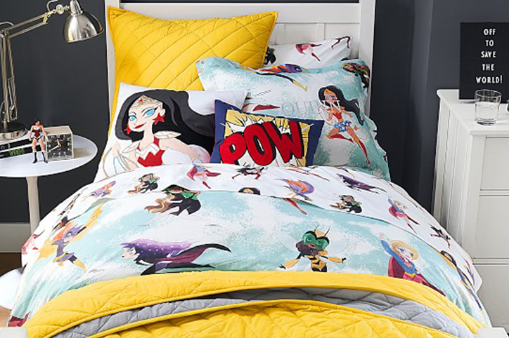 How to Inspire Your Daughter With a Super Hero-Themed Room