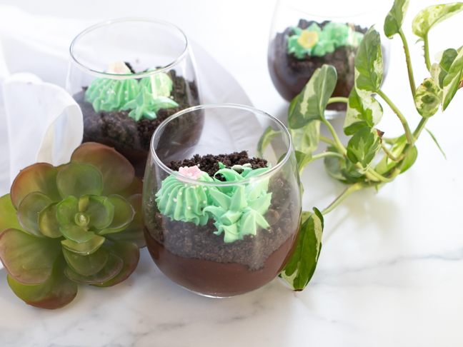 Terrarium pudding cups are the biggest spring party treats