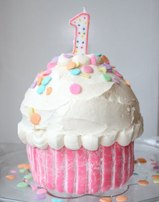 Giant Cupcake, Giant Sprinkles