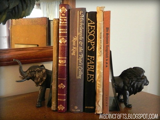 Plastic Animal Bookends