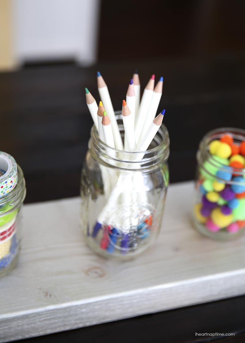 101 mason jar crafts and diys you need to try for Cool things to do with mason jars