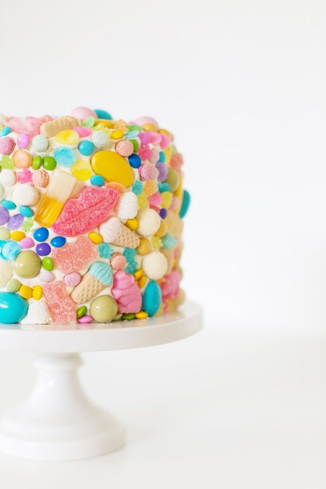 Cover a Messy Cake in Candy