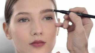 Eyebrows: Skimpy Brow Solution