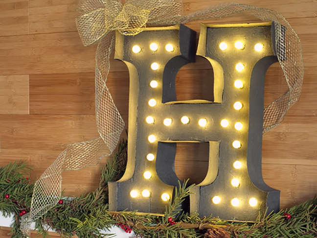 DIY Marquee Letter Holiday Sign
