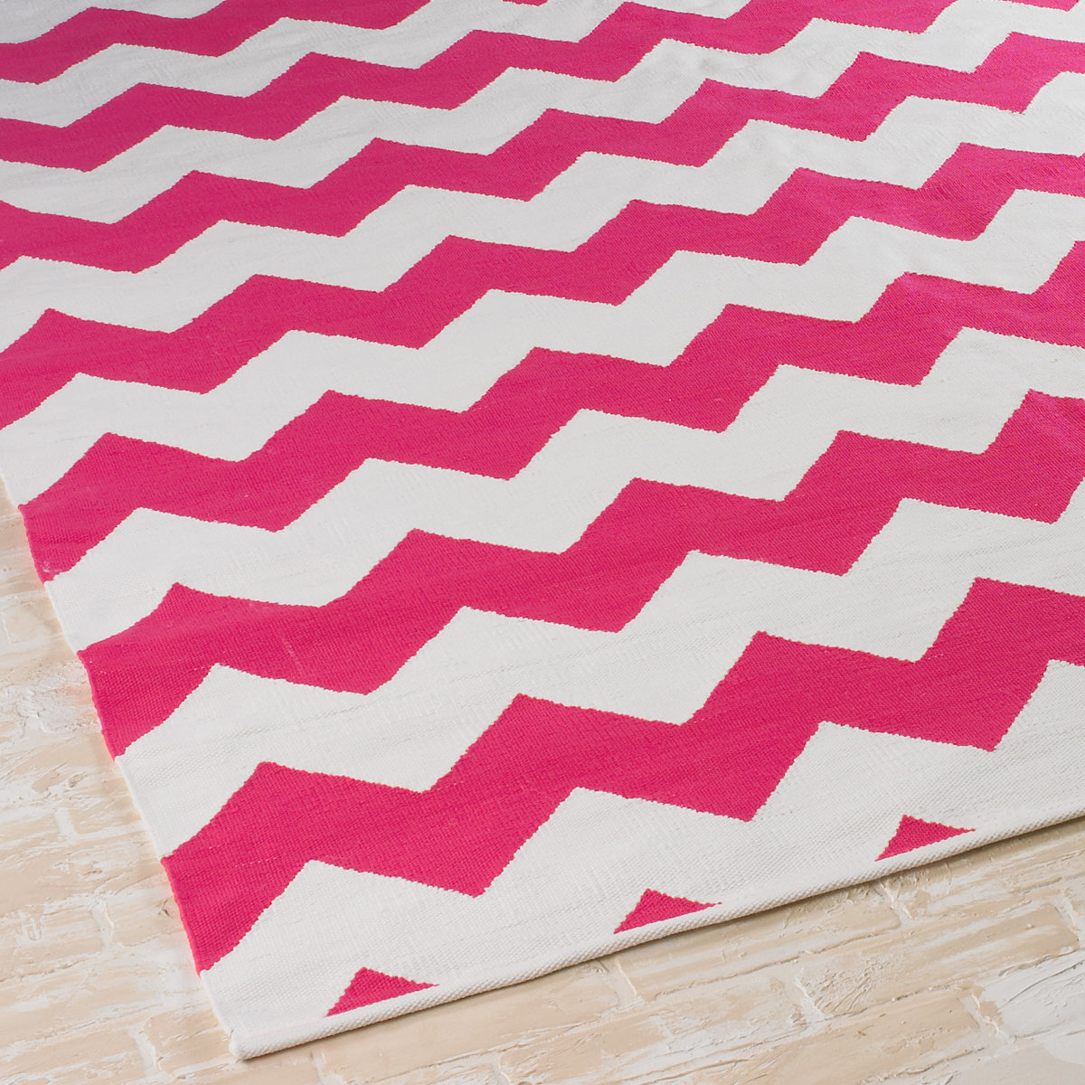 14 Stylish Rugs That Are So Durable Even Your Kids Can T Destroy Them