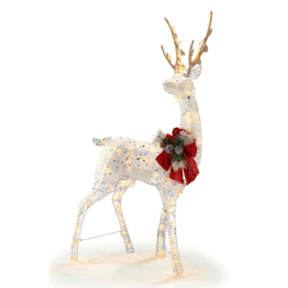 Outdoor holiday decor what to buy for Christmas deer decorations indoor