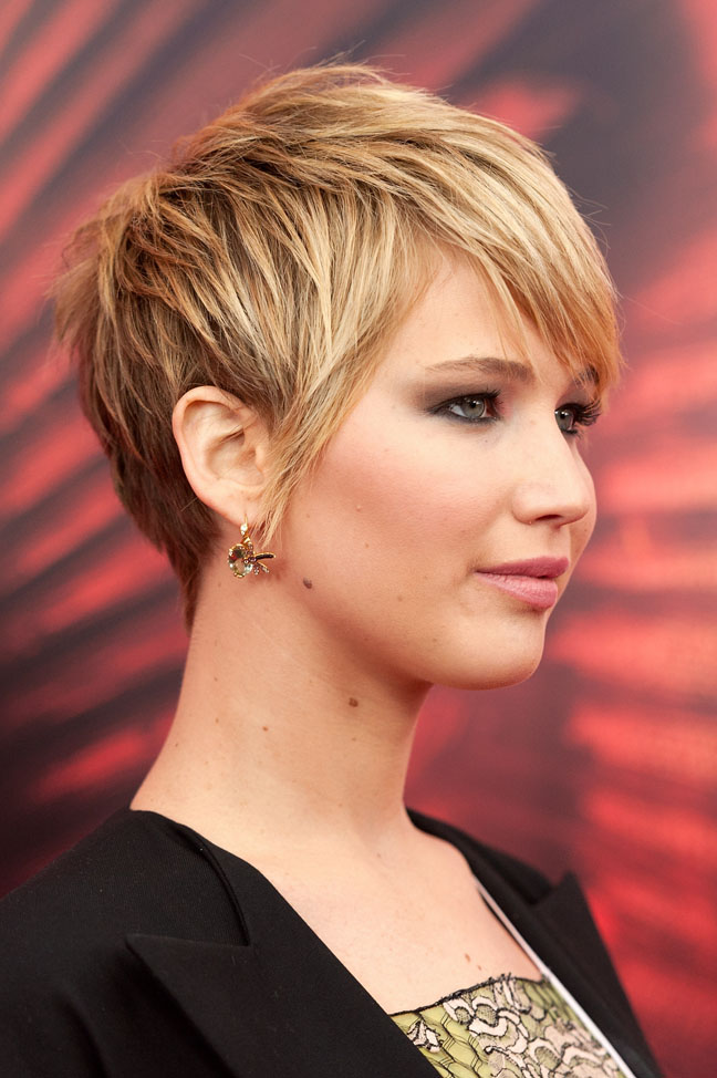 Easy To Manage Short Haircuts That Dont Scream Mom